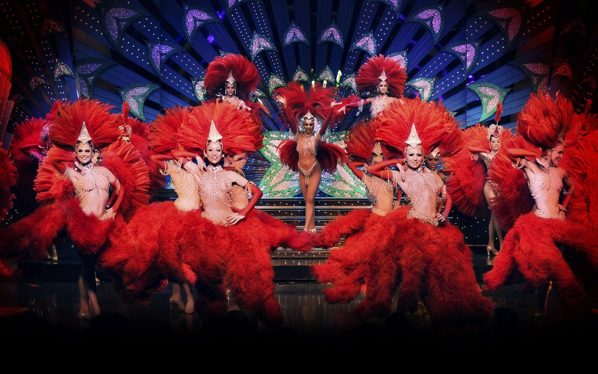 moulin rouge show with champagne & paris city tour-5