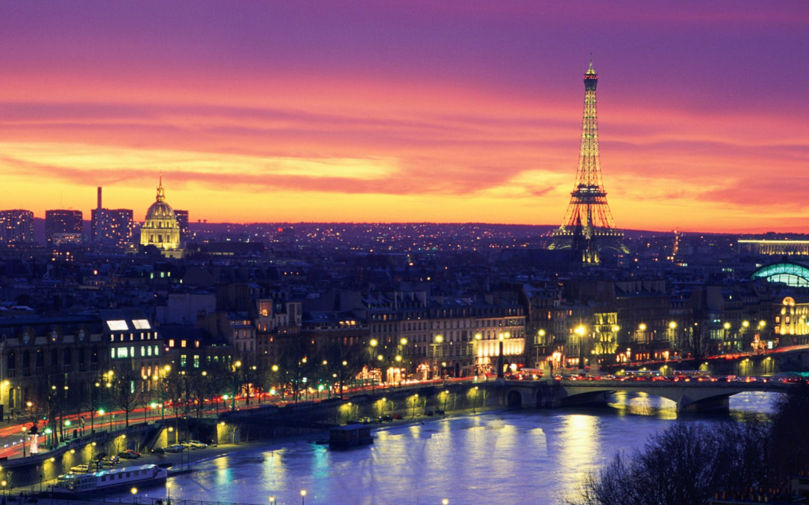 Paris by Night: City Tour and Moulin Rouge Show