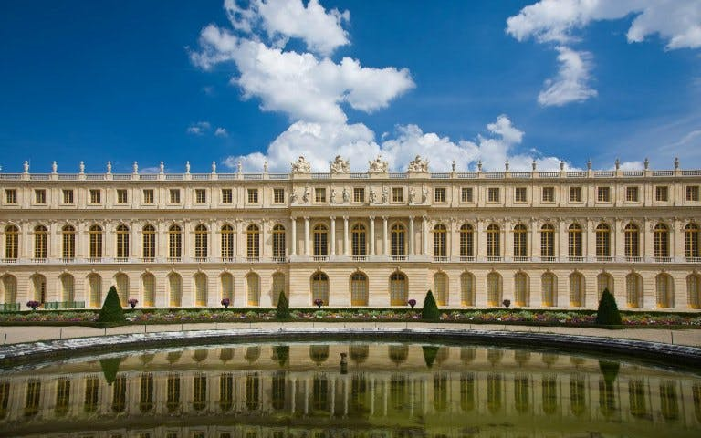 Audio Guide Tour of the Palace of Versailles with Transfers