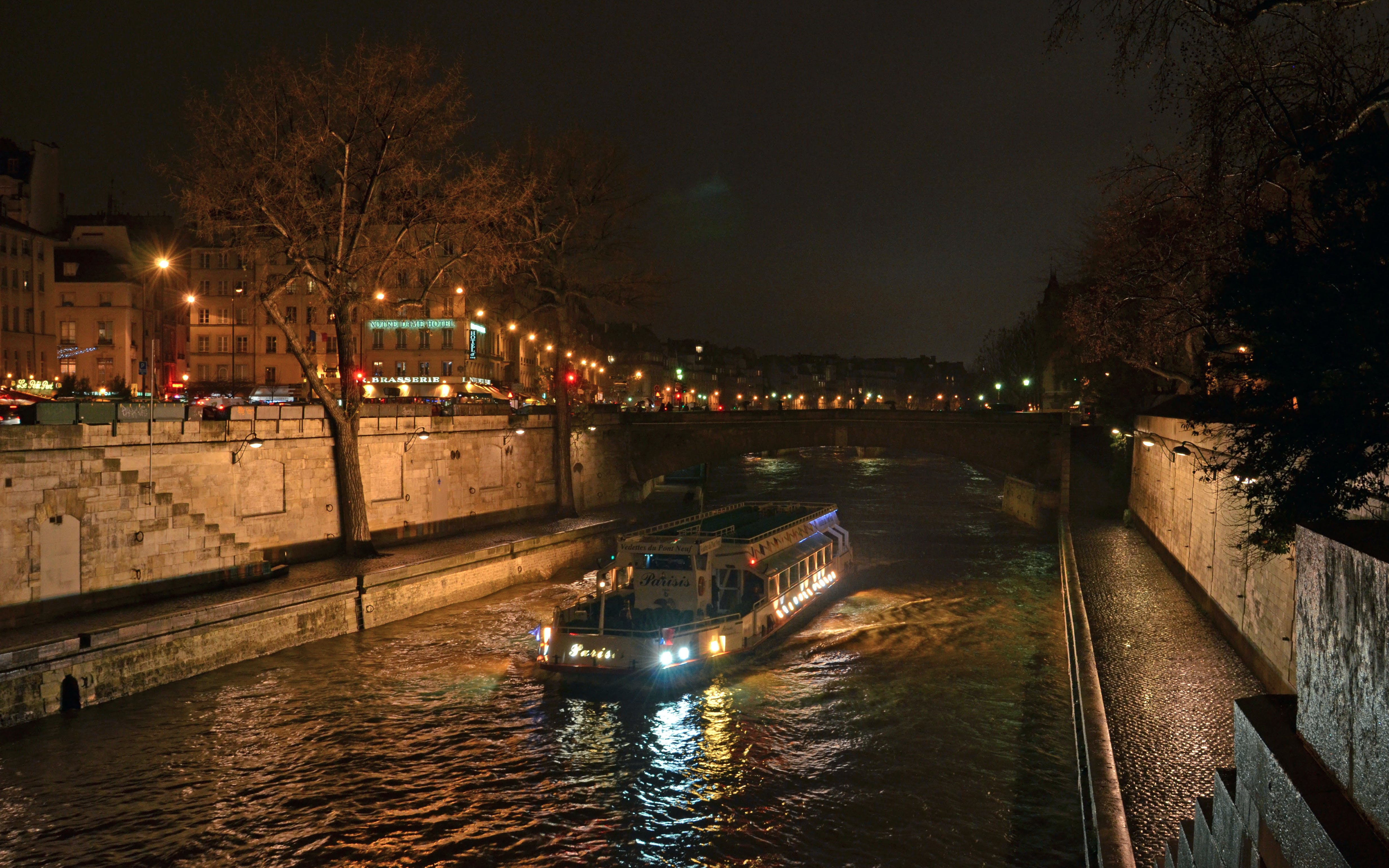 dinner at the eiffel tower + seine river cruise -3