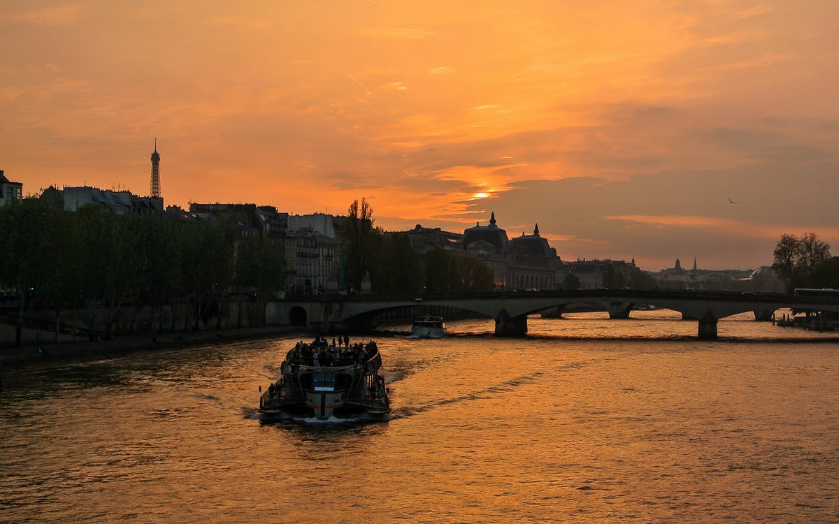 dinner at the eiffel tower & seine river cruise with hotel transfers-1