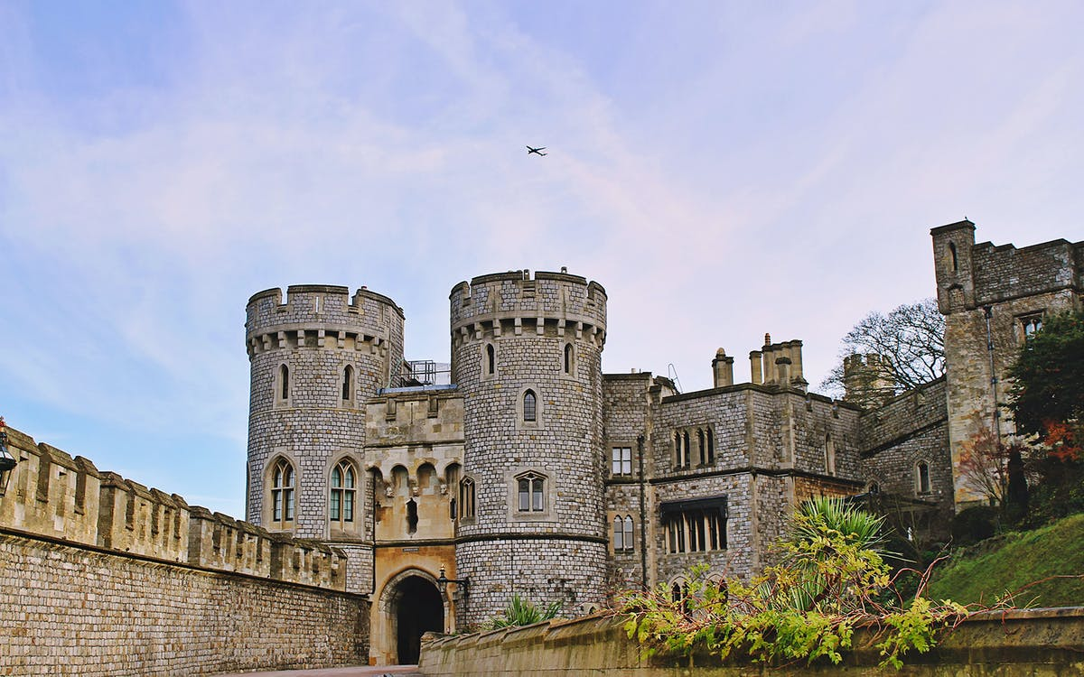 windsor castle, bath and stonehenge tour from london-1