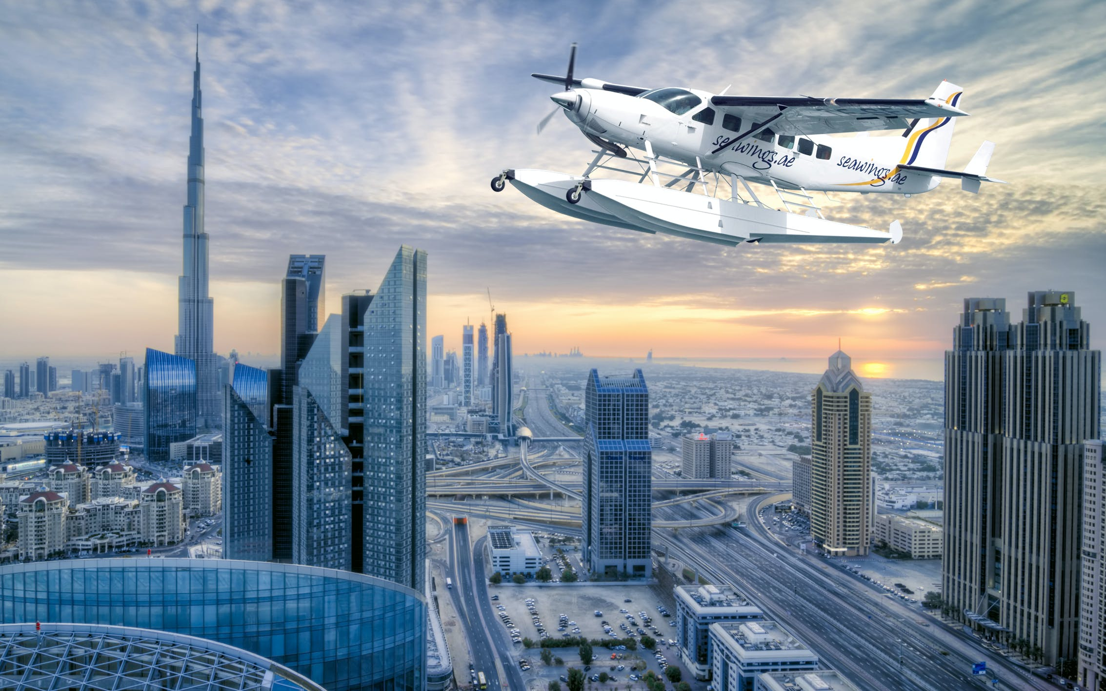 Sharing Seaplane Tour with FREE Burj Khalifa ticket