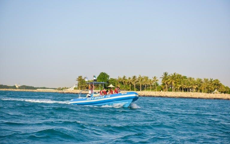 beaches-in-dubai-sea-tour