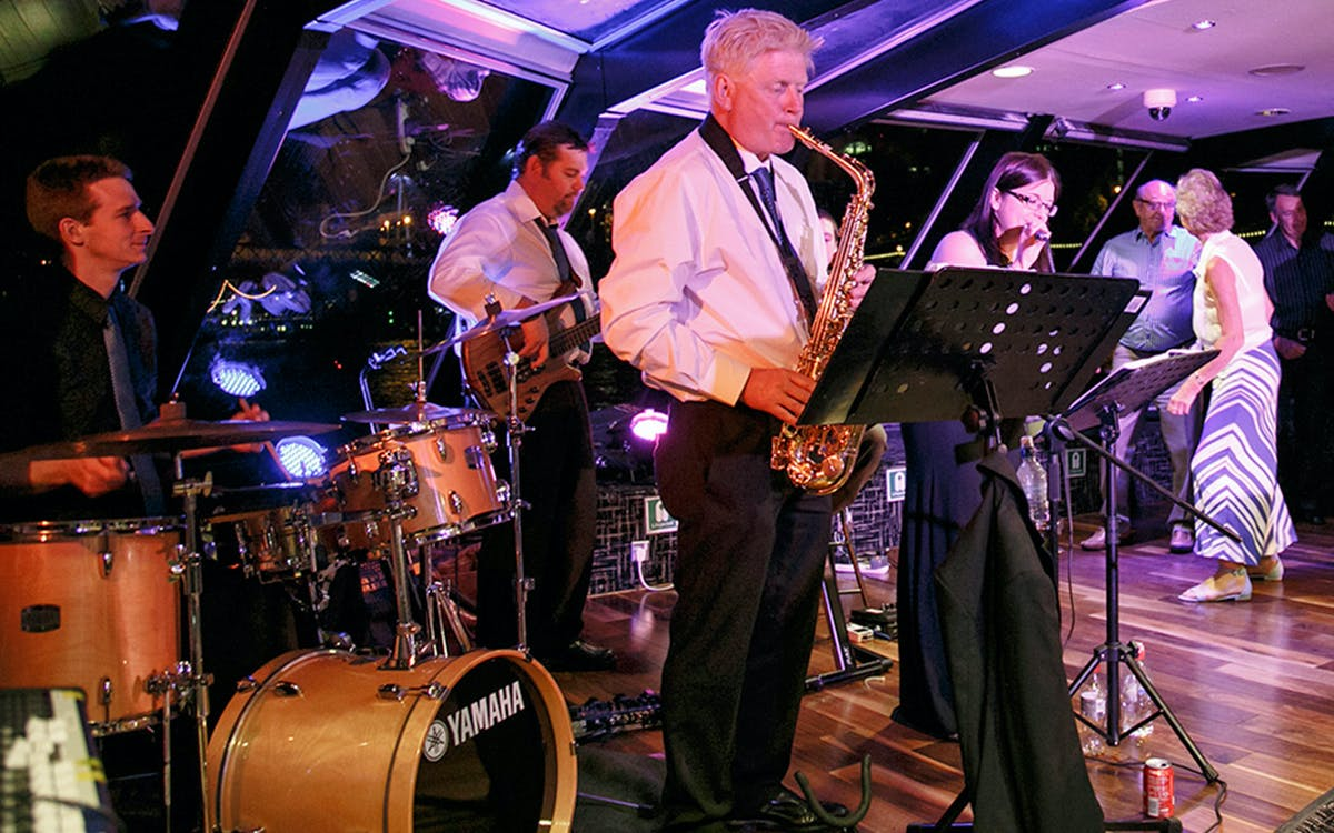 friday night thames jazz cruise with 3 course meal-1