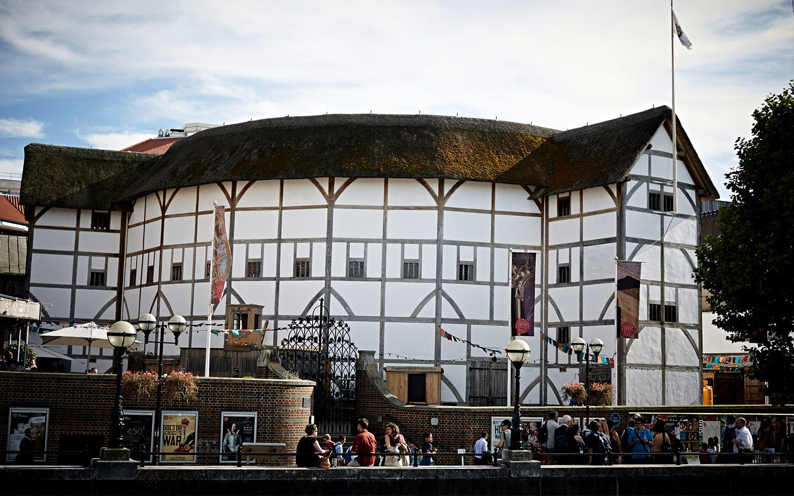 Shakespeare Globe Room: Exhibit and Tour Tickets