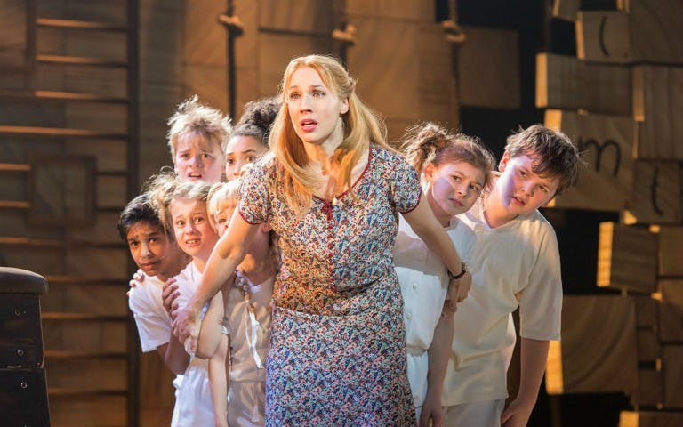 matilda the musical-4