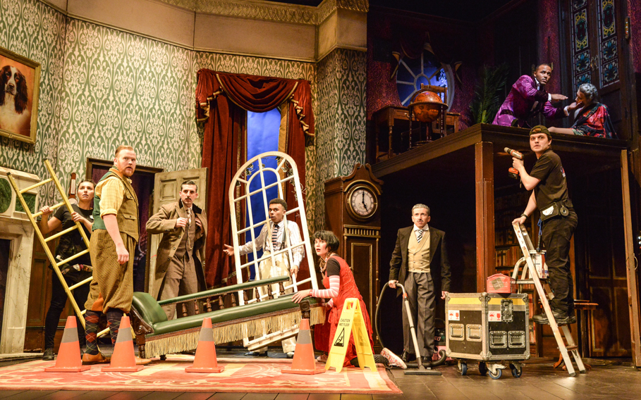 Get Discounts on The Play that Goes Wrong London Tickets