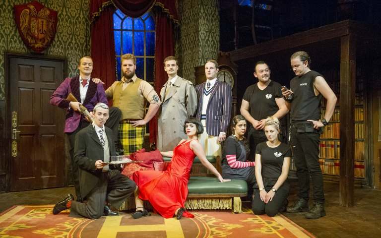 3032 london the play that goes wrong 01