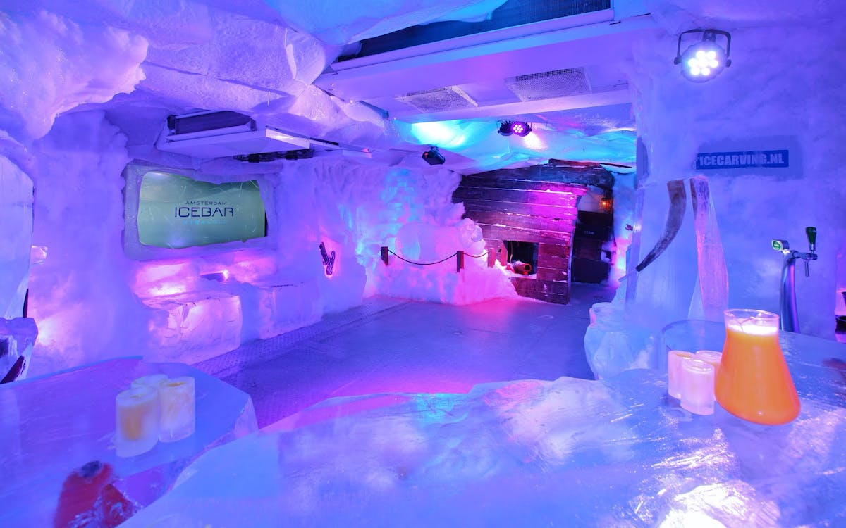 amsterdam icebar with drinks-2