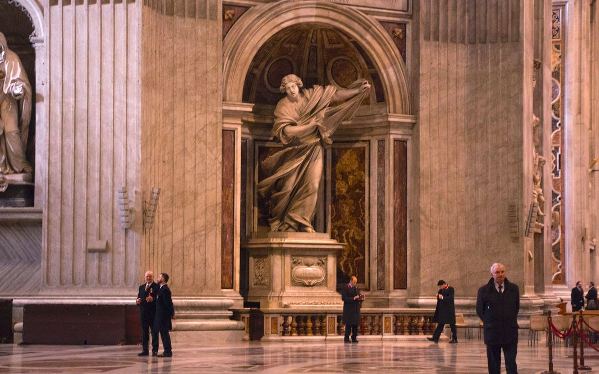 early access group tour to vatican museum & sistine chapel-1