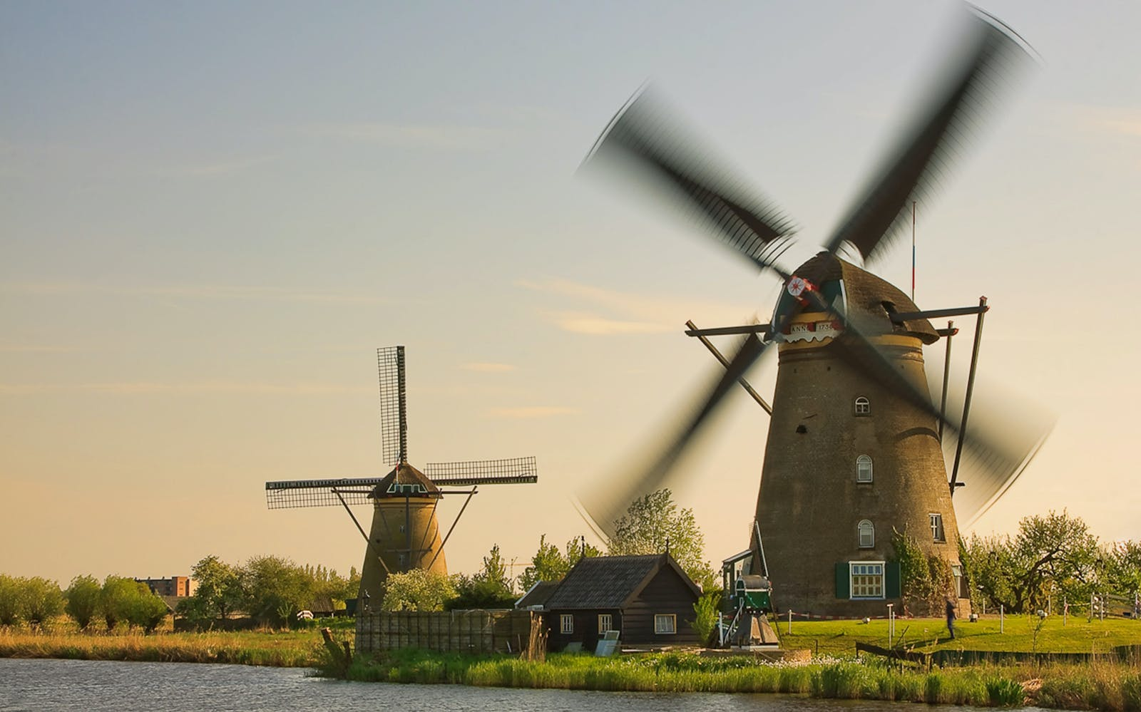 small group tour - half day trip unesco word heritage kinderdijk-1