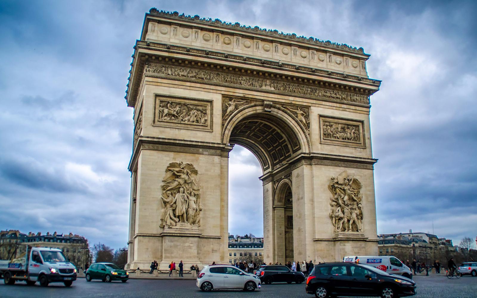 Bateaux Parisiens Seine River Cruise Best Prices Headout