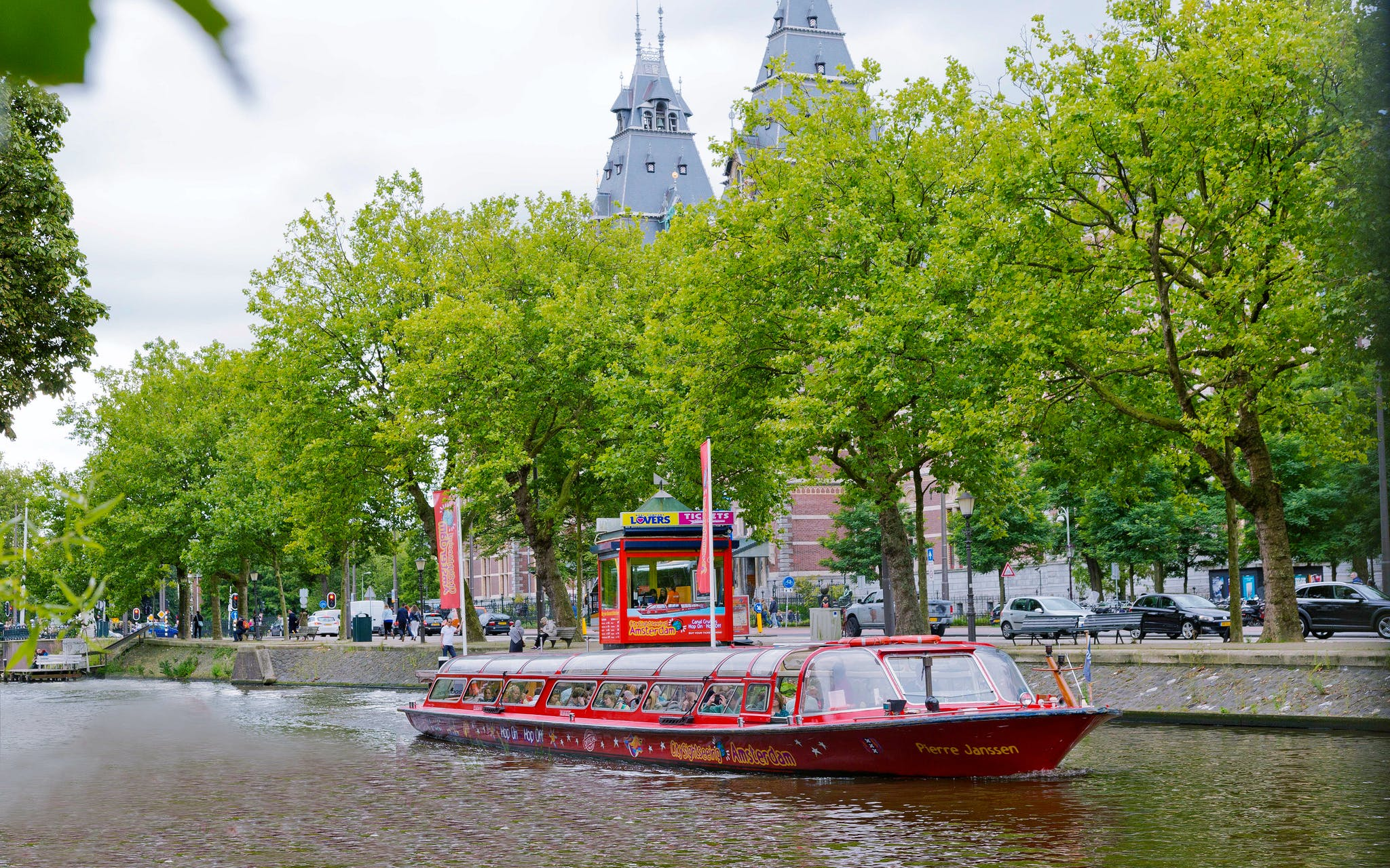 skip the line combo: van gogh museum & hop-on hop off canal cruise-3