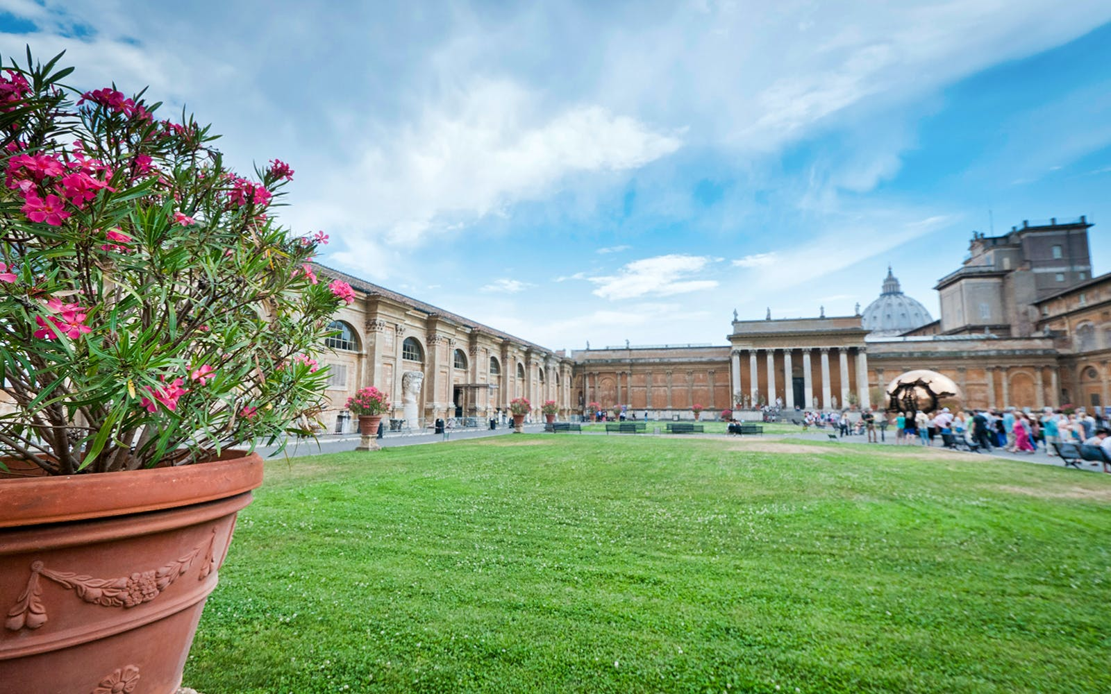 escorted exclusive skip the line tickets to vatican museum & sistine chapel-3