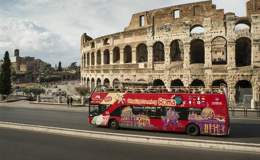 Hop-on Hop-off Sightseeing Tour + Colosseum & Vatican Museums Entry