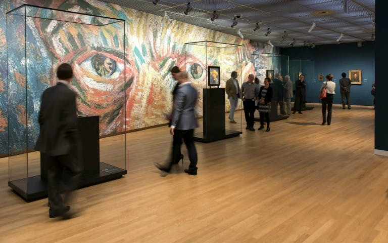 private van gogh museum tour-2