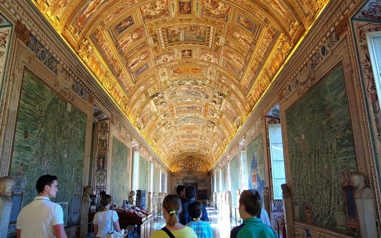 express guided tour of colosseum, vatican museums & sistine chapel-3