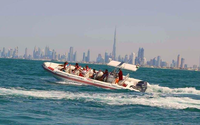 beaches-in-dubai-speedboat-tour