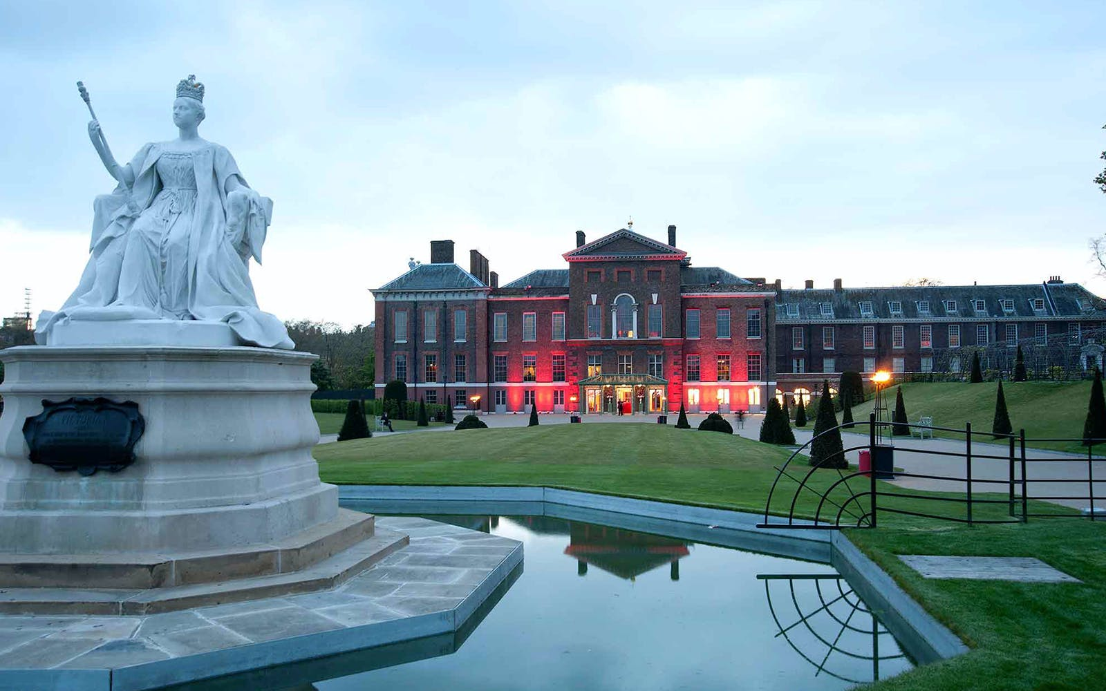 Visit to the Kensington Palace