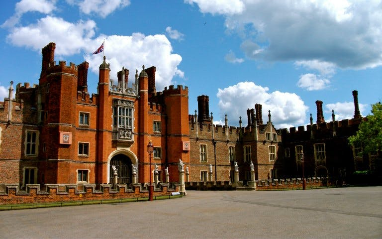 3 palaces pass: tower of london, kensington palace and hampton court-2
