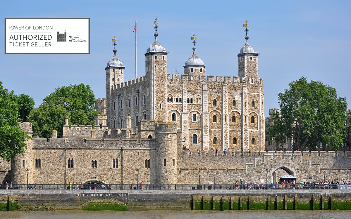 tower of london tickets with crown jewels & beefeater tour-3