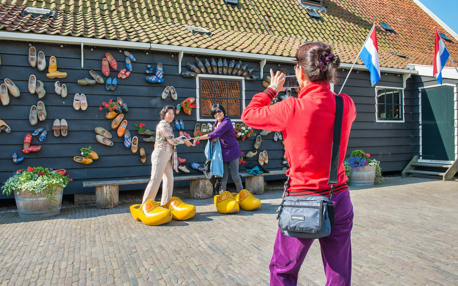 Day Tour: Volendam, Edam, and Windmills from Amsterdam