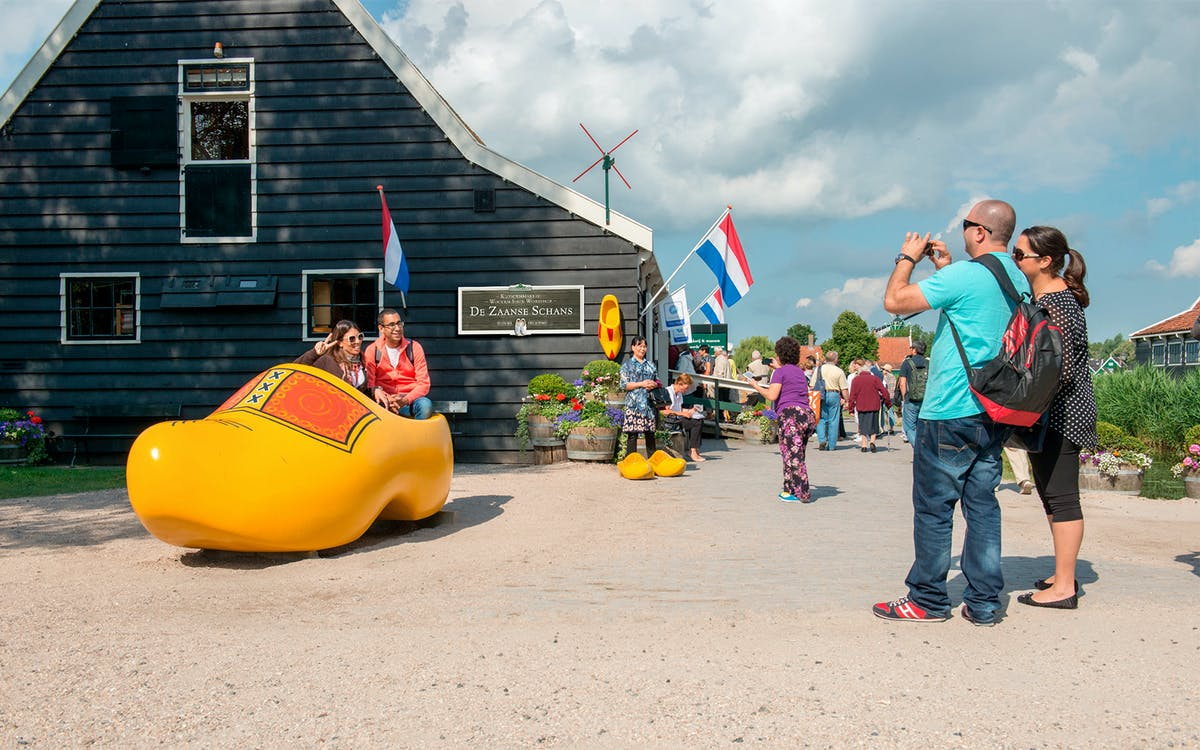 from amsterdam: windmills, edam and volendam tour-1