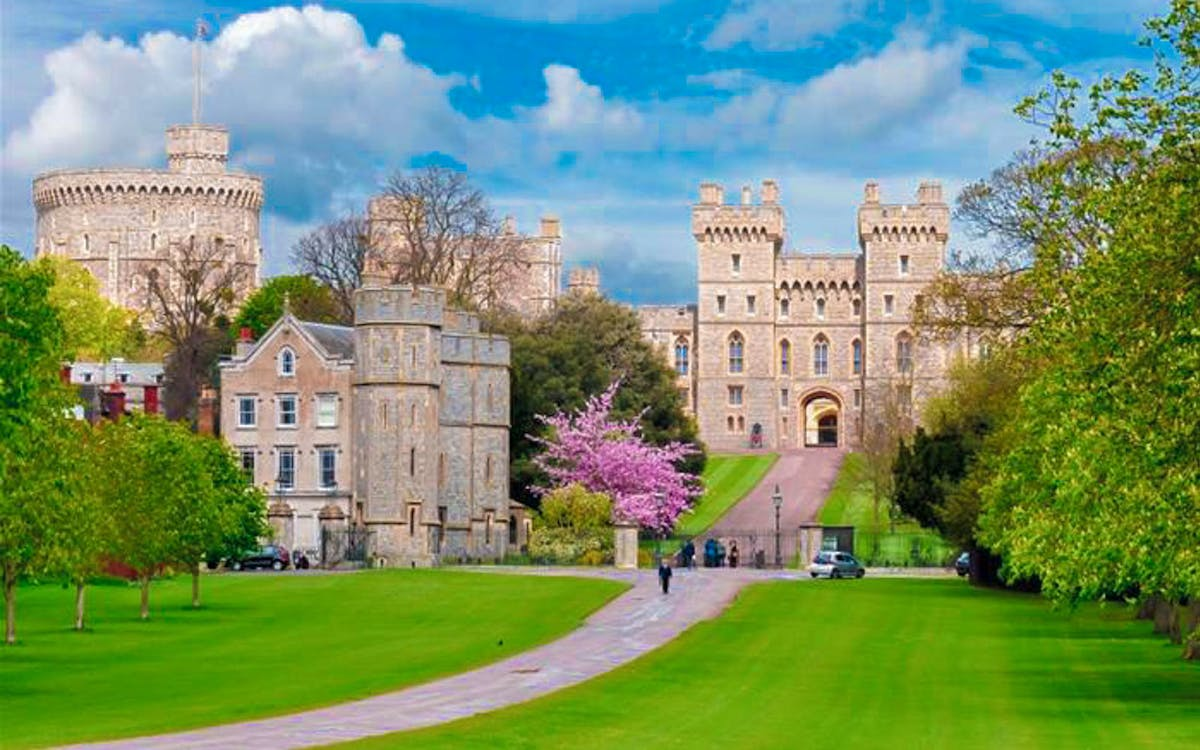buckhingham palace & windsor castle full day tour from london-1