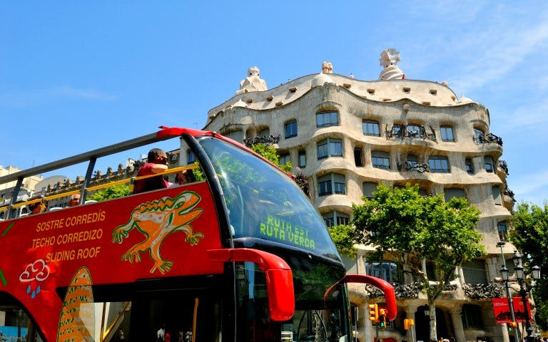 barcelona hop on hop off bus tour - 1
