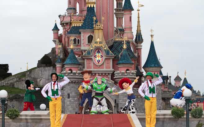 Paris in 5 days-Disneyland Paris