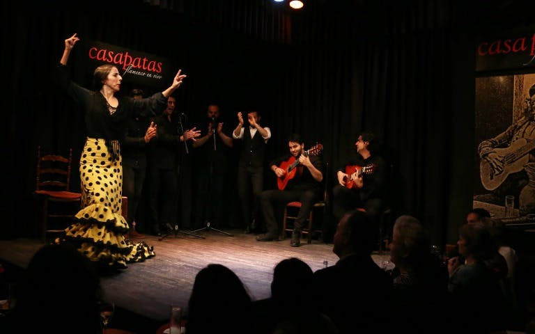 flamenco show at casa patas-2