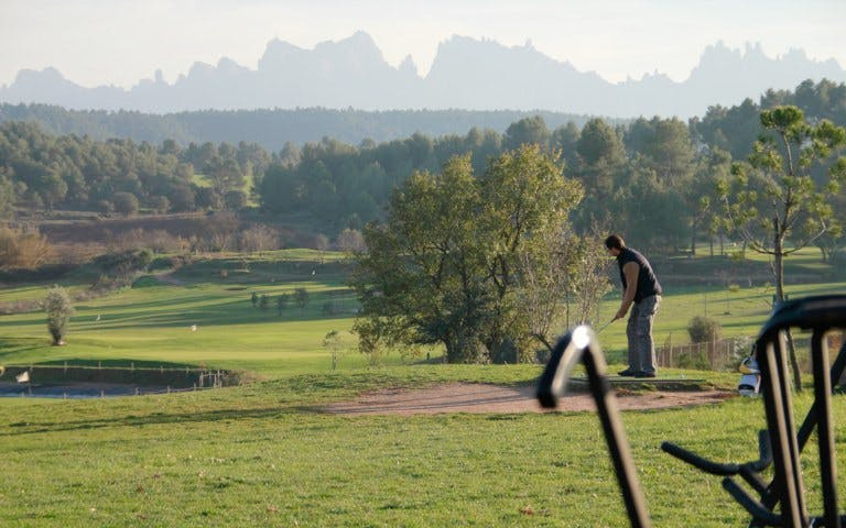 Montserrat Tour with Golf, Food & Wine