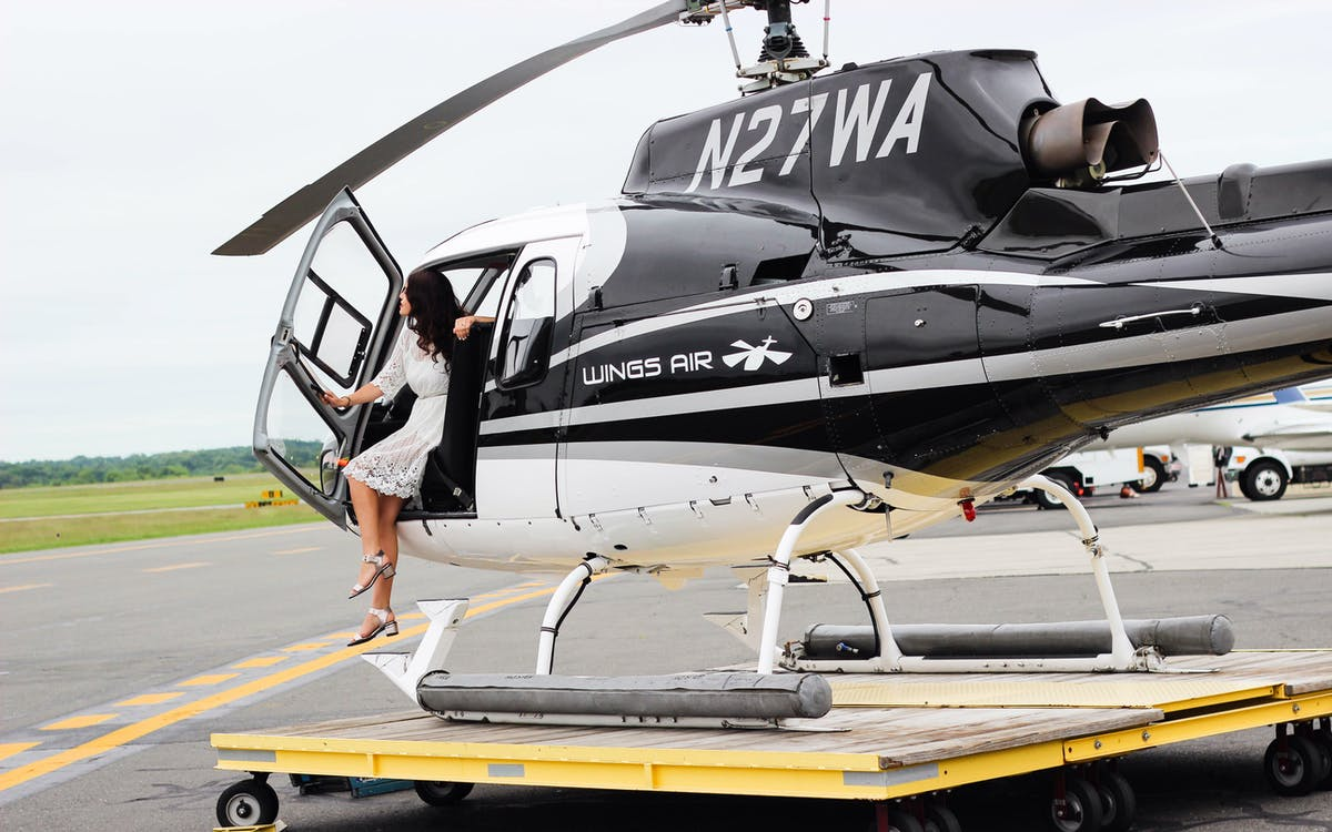 Couple 39 s private helicopter tour new york tickets for Attractions in nyc for couples