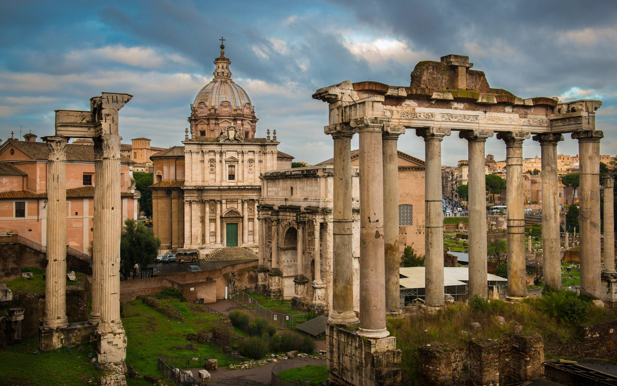 skip the line: colosseum, palatine hill & roman forums semi private tour-3