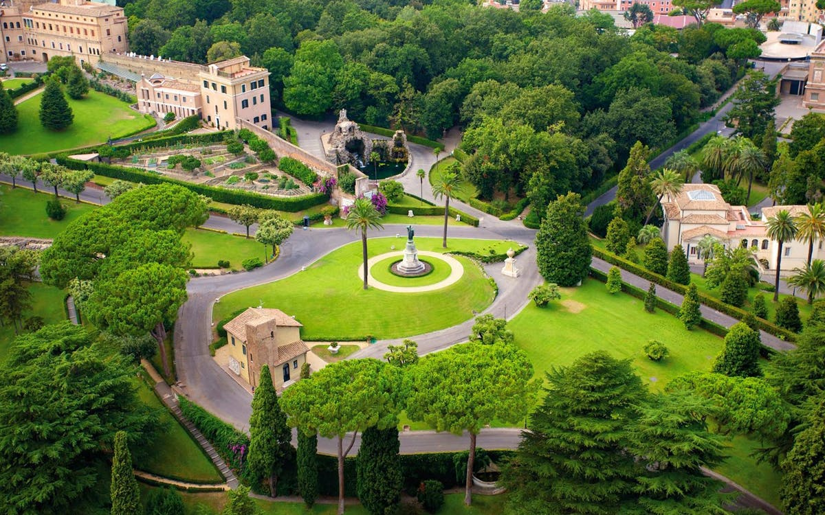 vatican museum skip the line tickets with vatican gardens tour-1