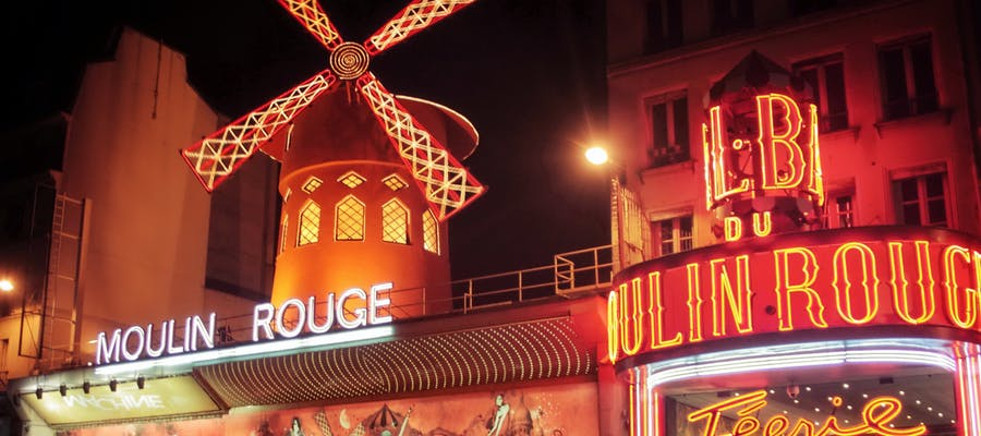 paris in november - Moulin Rouge