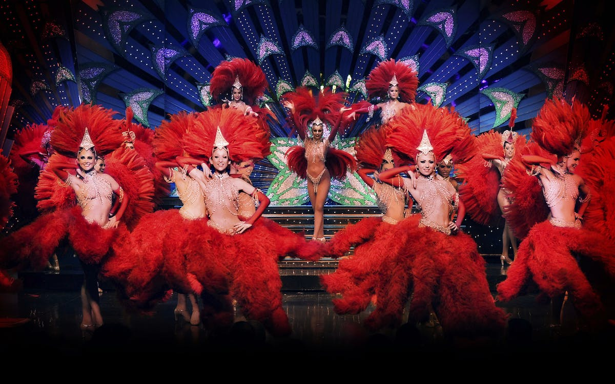 moulin rouge show with champagne & hotel transfers-2