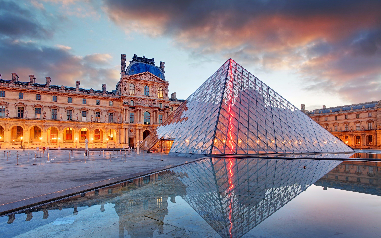paris in august - louvre museum