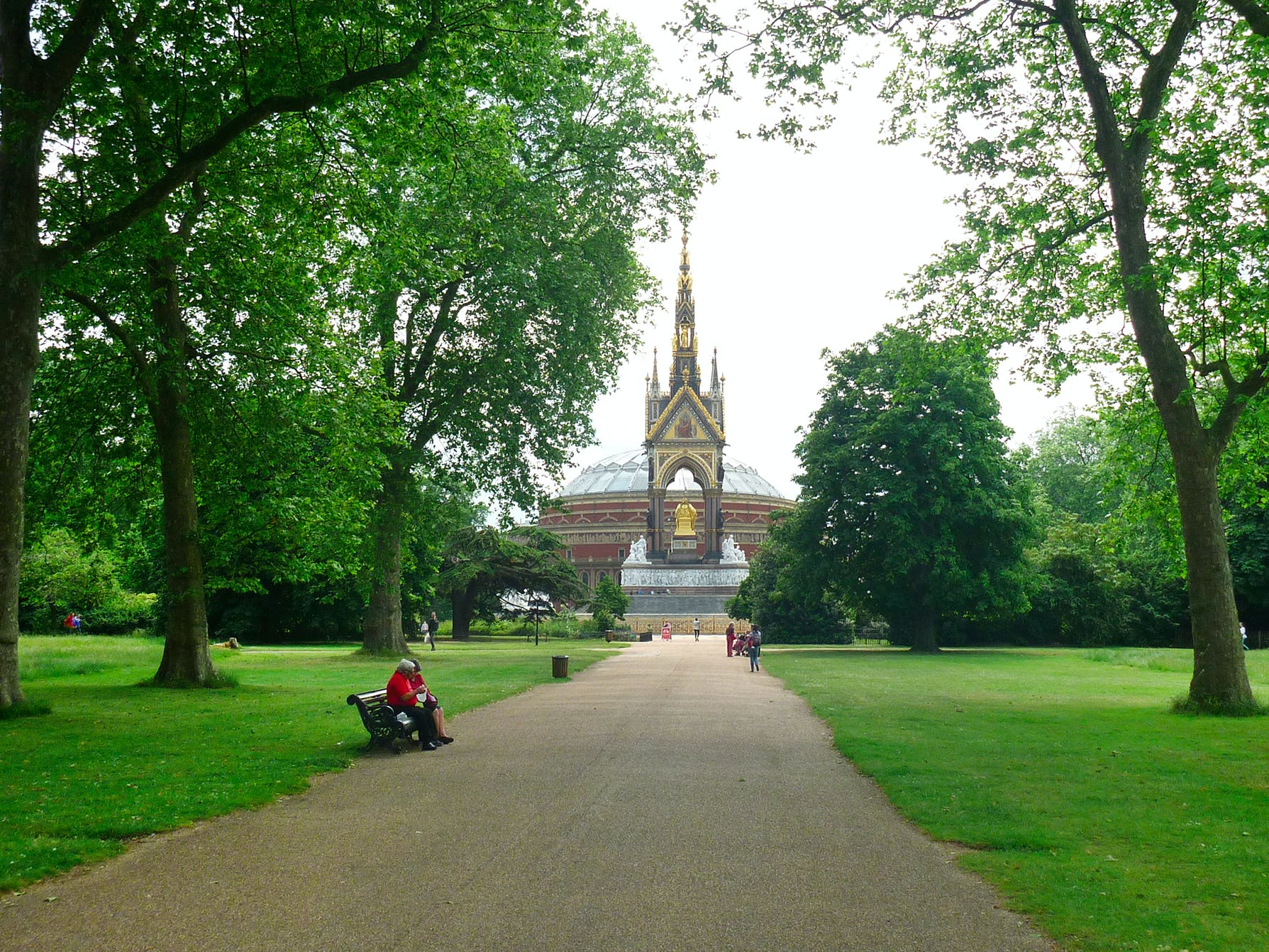 parks and palaces: understanding british monarchy-4