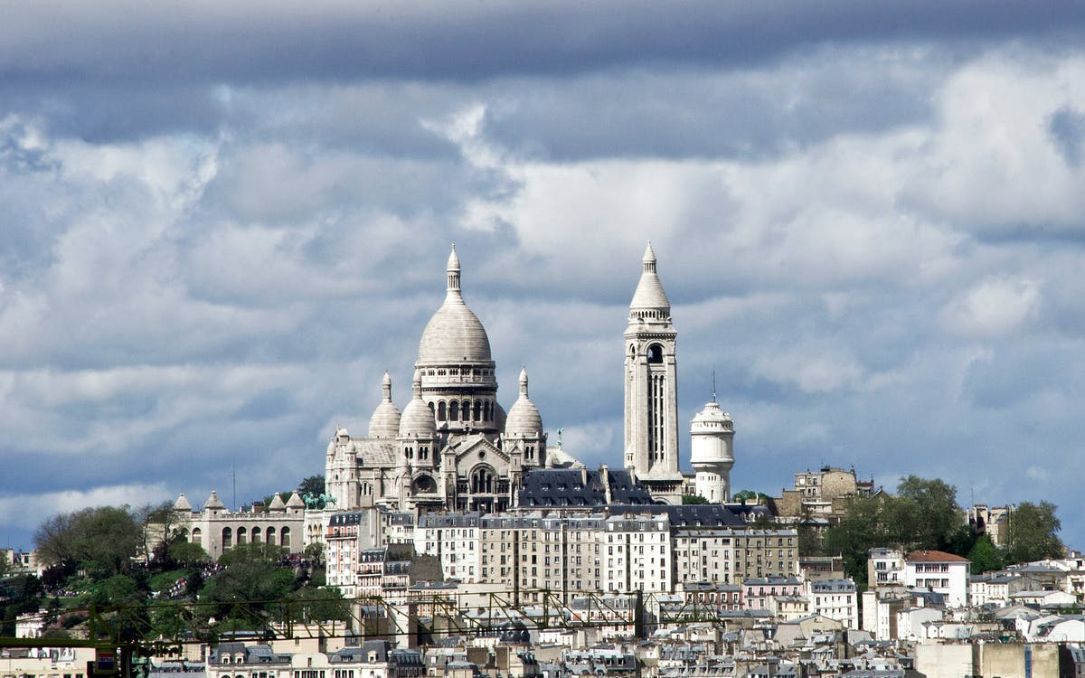 montmartre guided walking tour -1