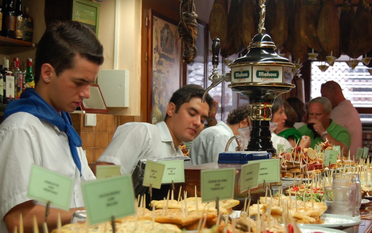 savoring madrid: tavernas and tapas-1