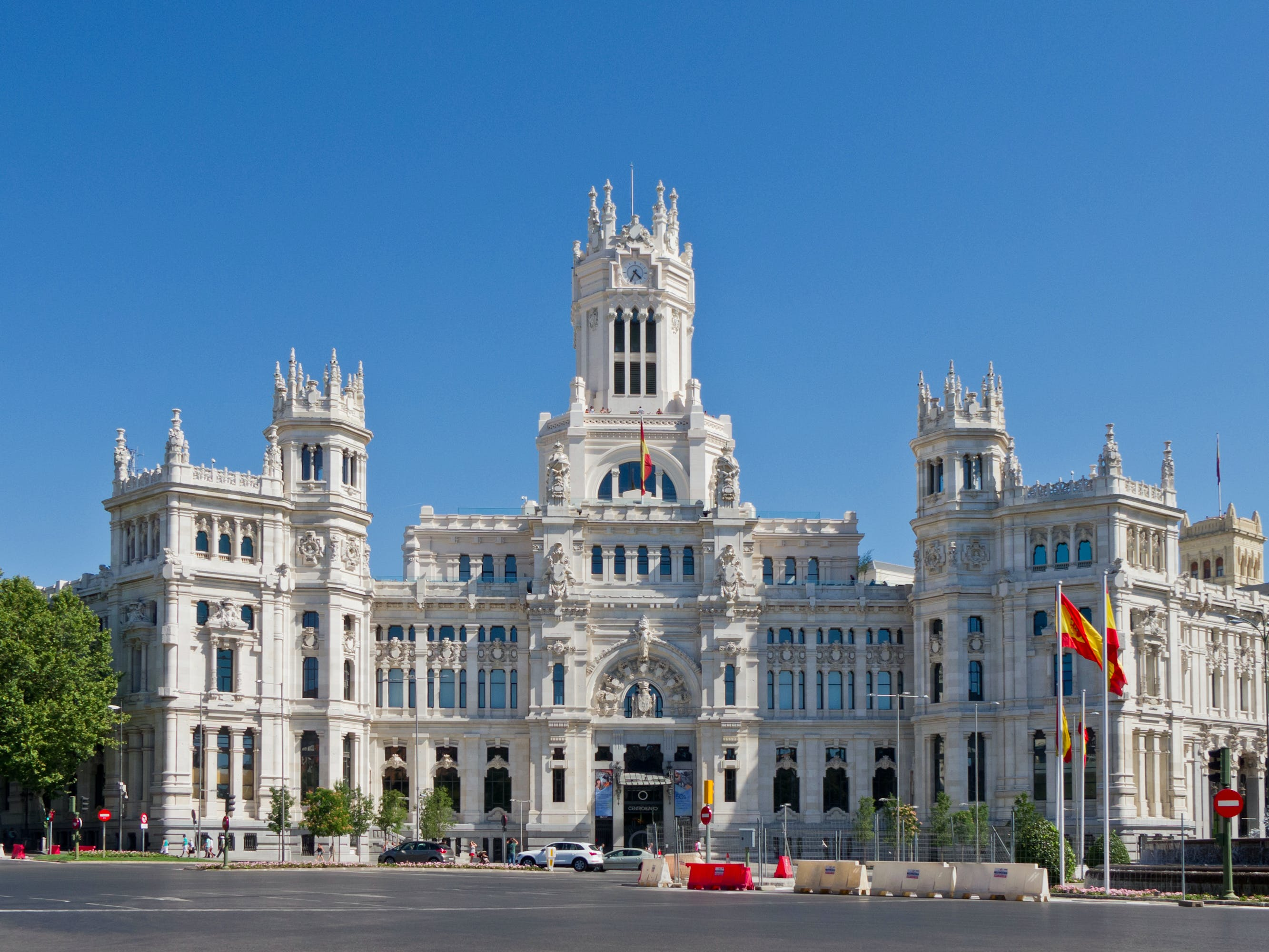 Welcome to Madrid Walking Tour
