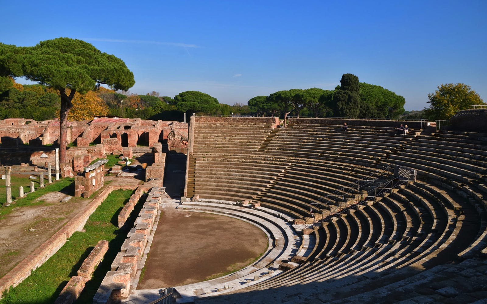 private tour of ostia antica from rome by train-2