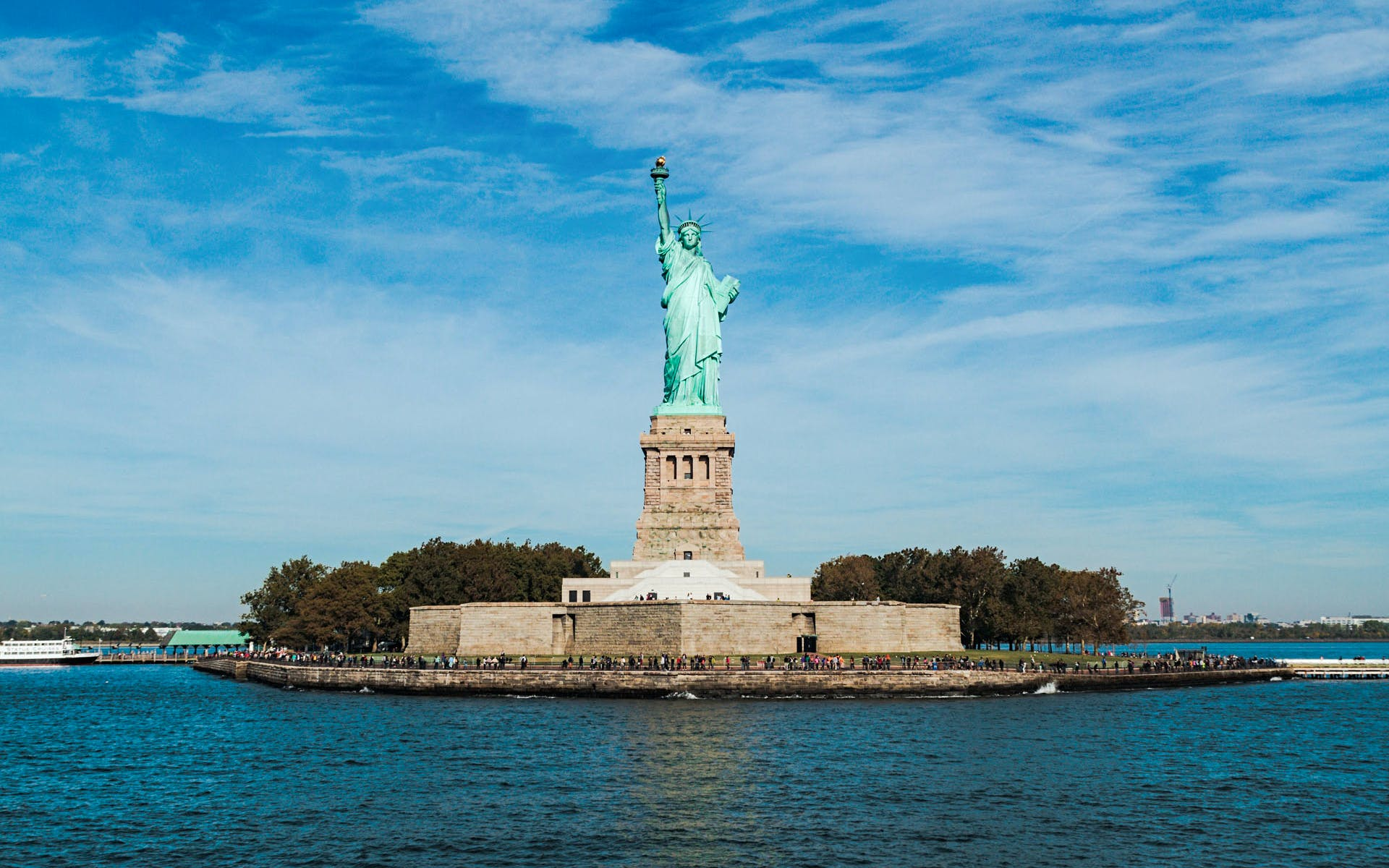 early access statue of liberty tour with ellis island & statue pedestal-3