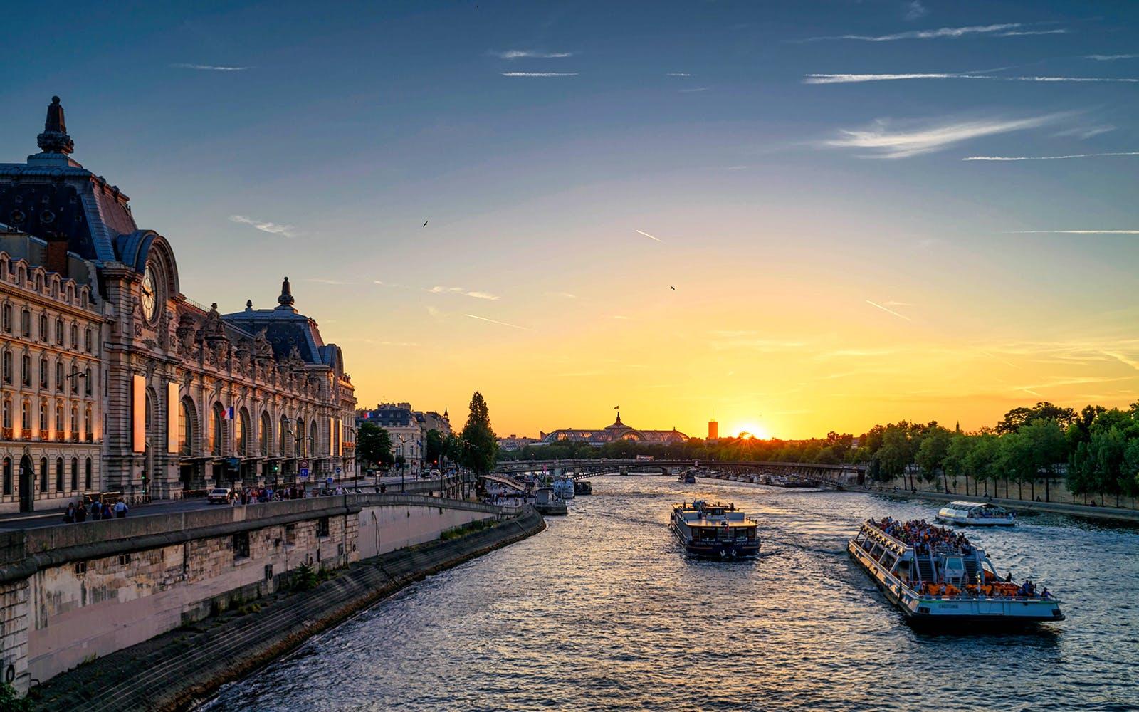 paris in november - seine cruise