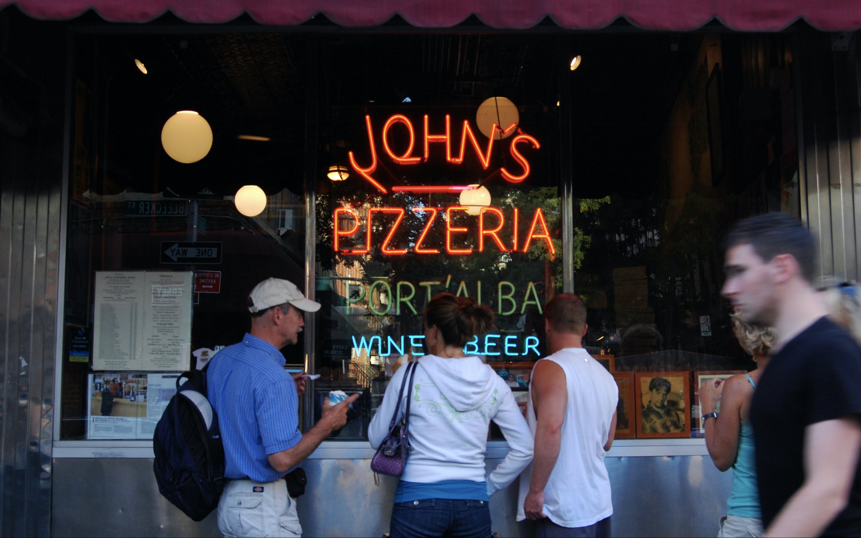 authentic italian greenwich village food tour & tastings-2
