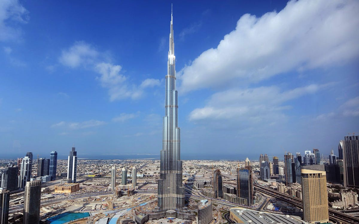 burj khalifa - at the top (level 124 & 125) + 007 exhibition-1
