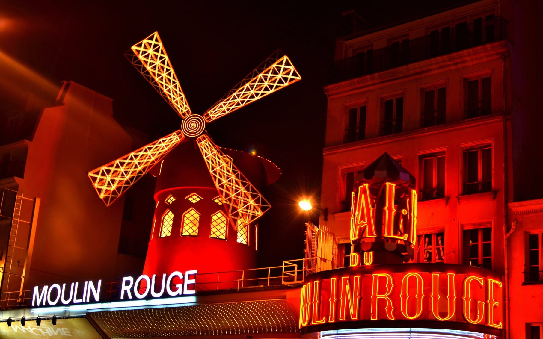 Crazy Horse + Moulin Rouge Show Combo