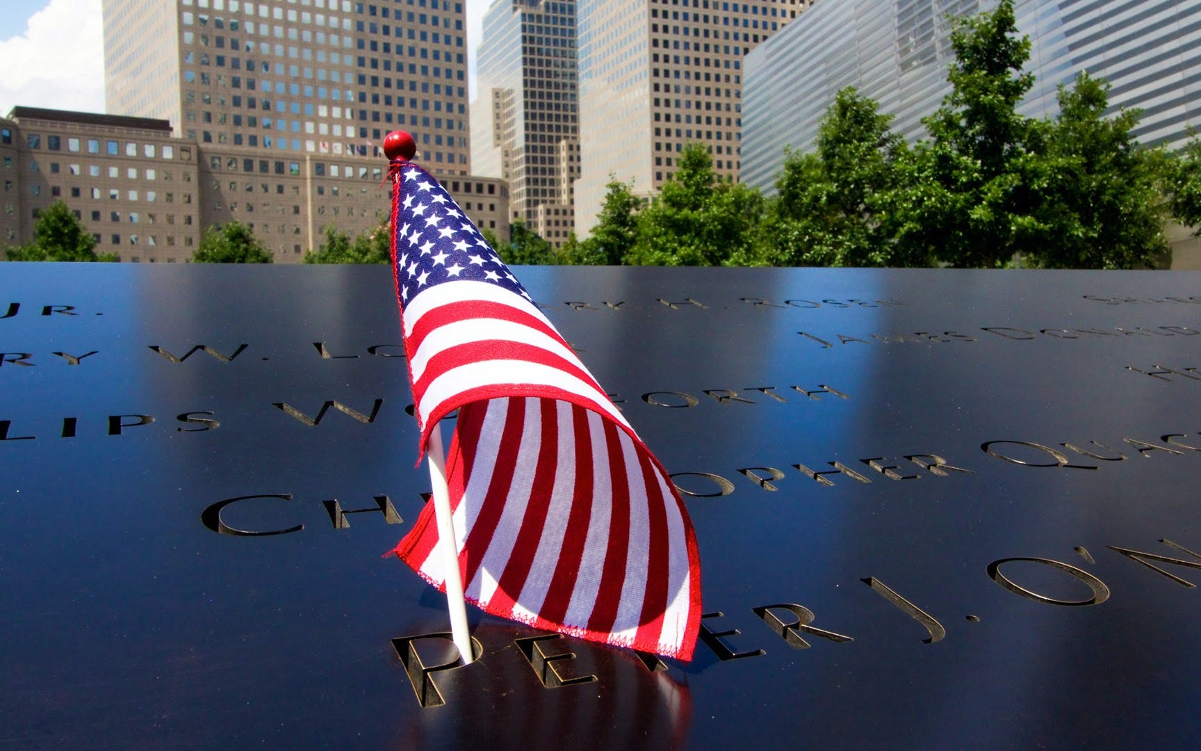 small group guided 9/11 memorial tour with museum tickets-3